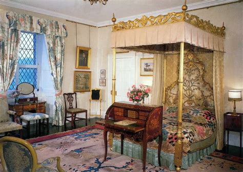 How Many Bedrooms Are In Buckingham Palace by Buckingham Palace Bedrooms Bedroom At Buckingham