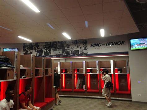 alabama football locker room alabama football locker room quotes quotesgram