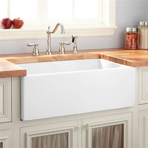 White Farmhouse Kitchen Sink 24 Quot Risinger Reversible Fireclay Farmhouse Sink Smooth Apron White Kitchen