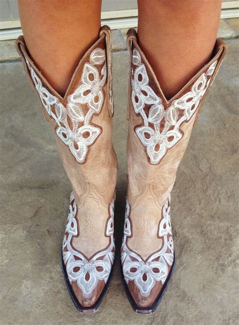 1000 ideas about white cowboy boots on