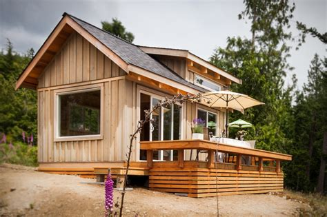 small cottages to build weekend fun the gambier island tiny getaway cabin small