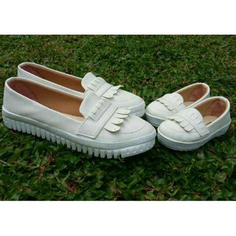 Sepatu Wedges Md19 Putih 29 sepatu ibu dan anak loafers putih shopee indonesia