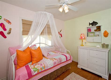 20 kids bedrooms that usher in a fun tropical twist 20 kids bedrooms that usher in the fun tropical twist