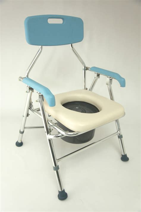 Folding Commode Chair by Z Tec Folding Commode Chair Zt 0520 Comfort Mobility