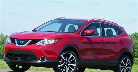 red nissan rogue first drive 2017 nissan rogue sport ny daily news