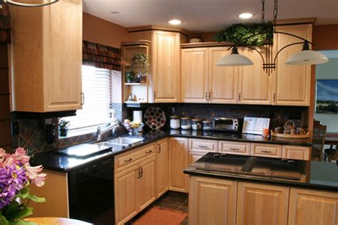 custom kitchen cabinets edmonton kichen cabinets delton cabinets edmonton custom