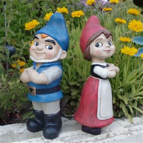 gnomeo & juliet gnome statues (set of 2) only $49.99 at