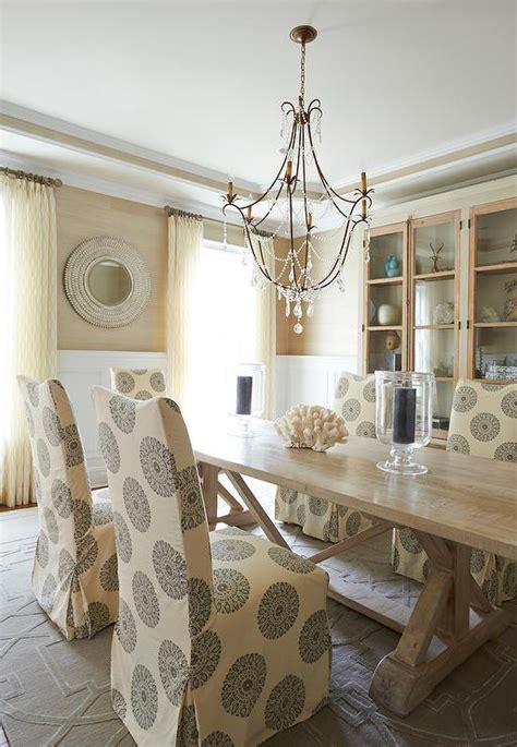 What Size Dining Room Rug