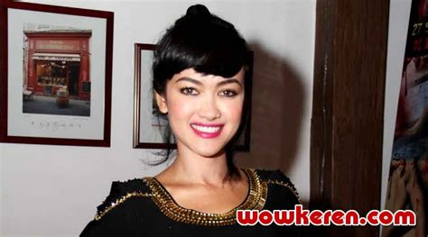 Kitab Advokat Indonesia intip buku asah otak milik perez kabar berita artikel gossip wowkeren