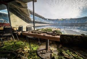 The Pontiac Silverdome Detroit S Abandoned Silverdome Is Now Just An Empty Shell