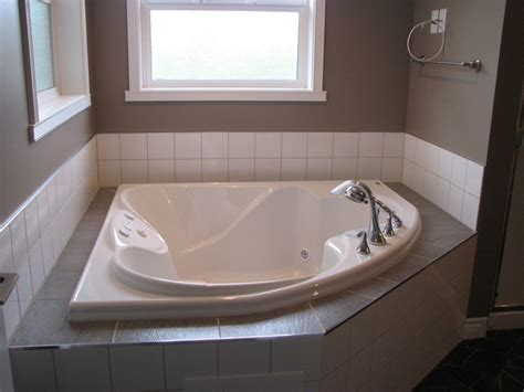 giant bathtub soaking tub makes a comeback angies list my american