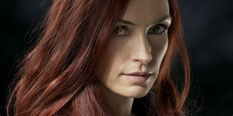 film x jean grey may cast her shadow over logan on the blu ray