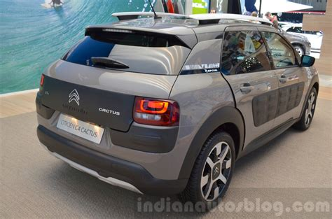 lada cactus citroen c4 cactus rip curl rear quarter at the 2016 geneva