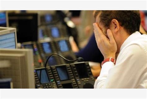 banco popolare notizie di borsa banche crollano in borsa con stop a popolare vicenza