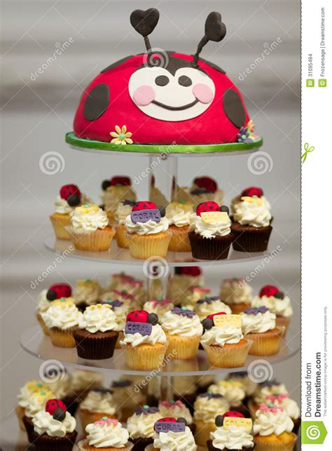 Cupcakes Stand Birthday Stand Cupcakes Birthday Tempat Kue birthday cupcake stand stock images image 31095484