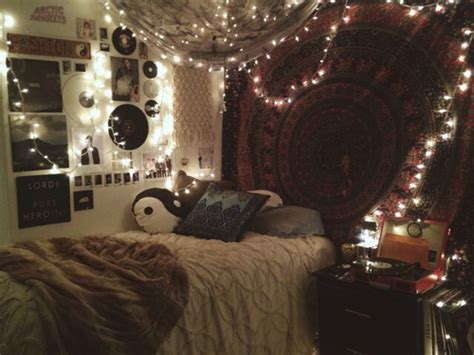 hipster bedroom wall hanging fairy lights  heart