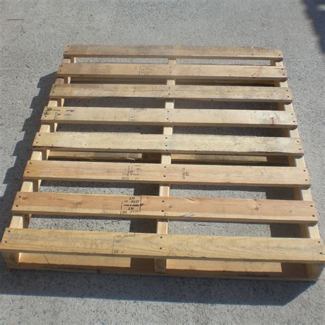 where can i up wood pallets frugal