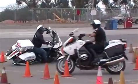 Motorrad Vs Police by 2014 Bmw Police Motorcycle Autos Post