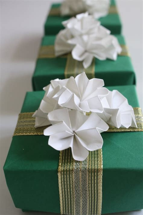 Origami Gifts For - the 25 best origami bow ideas on origami