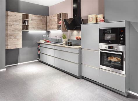 Cucine Senza Maniglie by Cucine Moderne Lineari Personalizzate E Funzionali Clara