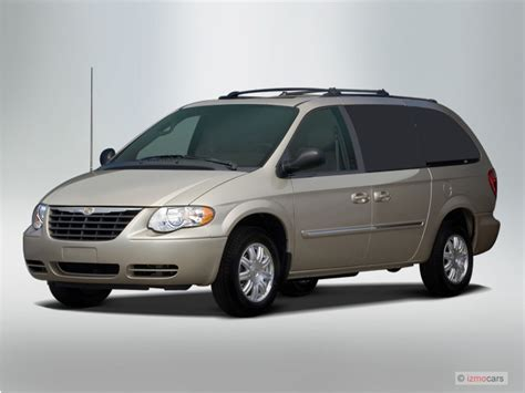 2007 Chrysler Town And Country Reviews 2007 chrysler town country lwb lx review