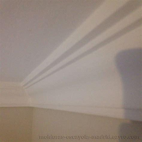 poner techo escayola como poner molduras de escayola en el techo trendy