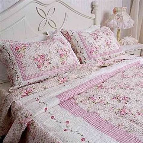 pink shabby chic bedding rose quilted bedding shabby pink rose quilt bedding