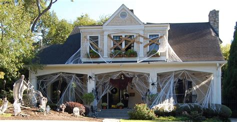 Home Decorating Ideas For Halloween | halloween house decorating real estate blog deanna