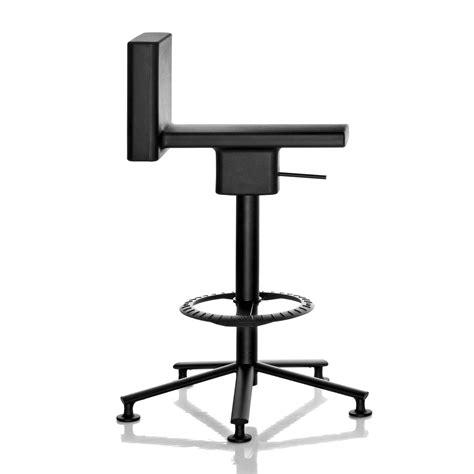 sgabelli da lavoro sgabello da lavoro di design 360 176 stool di magis arredaclick