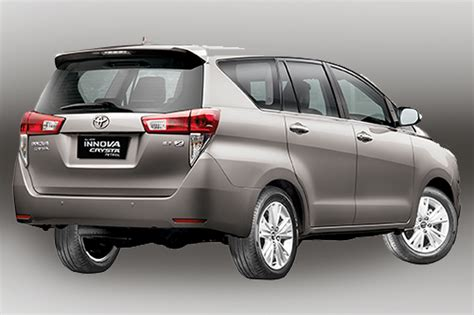 toyota innova price in india top model tata hexa vs toyota innova crysta which is better news18