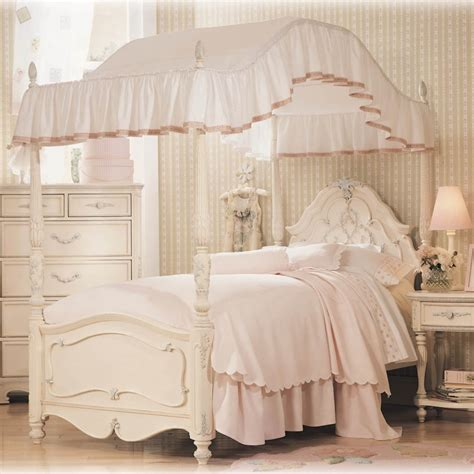 little girls canopy beds charming and romantic canopy bed ideas small beautiful