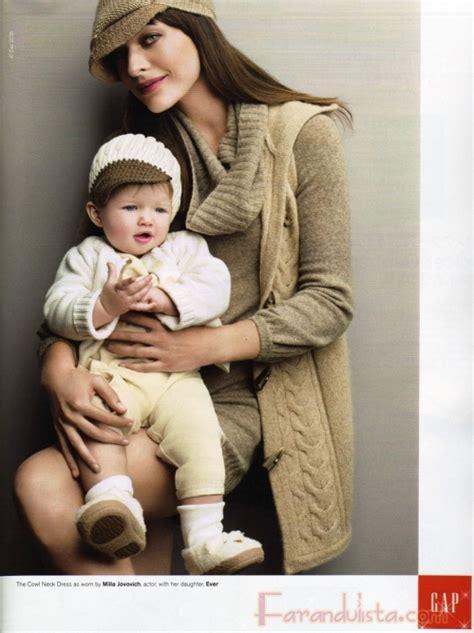 milla jovovich y sus hijos milla jovovich y su hija ever gabo para gap holiday