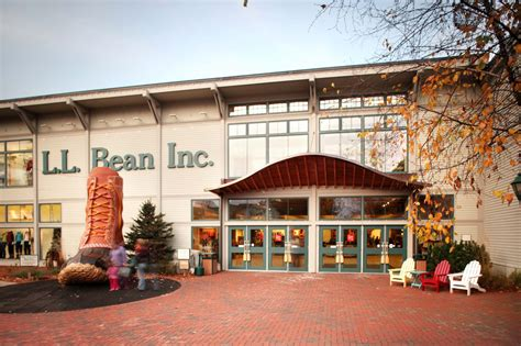 ll bean l l bean coming to metro detroit opening their michigan store