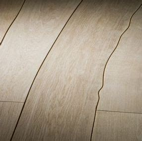 Wood flooring in the shape of the tree   Design 4