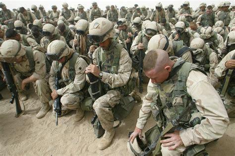 imagenes de militares orando mai 2011 lug und trug sein und schein