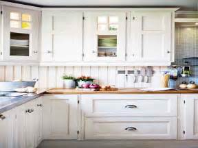 white kitchen cabinets with exposed hinges quicua