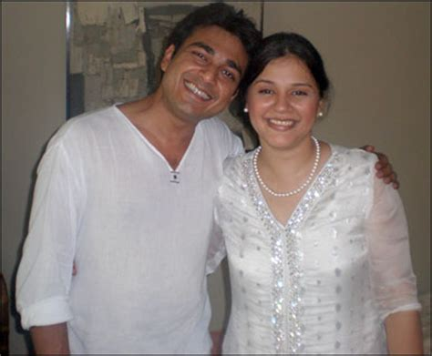 azfar ali divorced salma, got married with naveen waqar