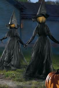 Halloween Witch Outdoor Decorations 25 Best Ideas About Halloween Yard Decorations On