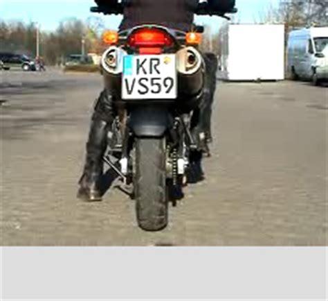 Motorrad Grundfahraufgaben Videos by Grundfahraufgaben Video Kl A Stop And Go 166 Fahrtipps De