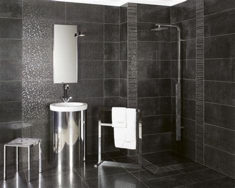 Charming Chambre Gris Clair Et Blanc  #12: Carrelage-salle-de-bain-noire.jpg