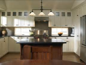 Houzz White Kitchen Cabinets by Delorme Designs White Craftsman Style Kitchens
