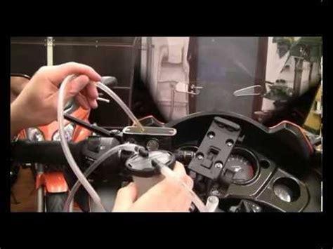 Honda Motorrad Lwechsel by Cbf1000 Wechsel Der Bremsfl 252 Ssigkeit Youtube