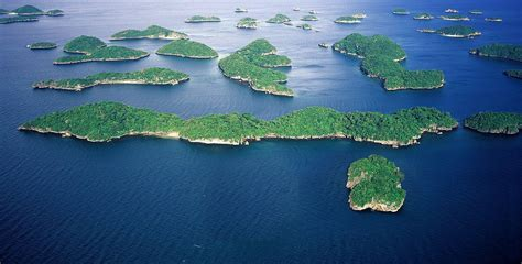 Or Philippines The Hundred Islands National Park Nature S Delights