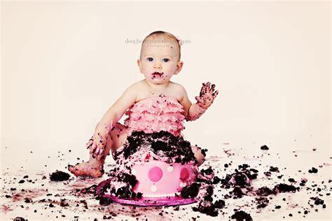 cake smash cakes bobby s 1st birthday cake smash cake smashes piktures