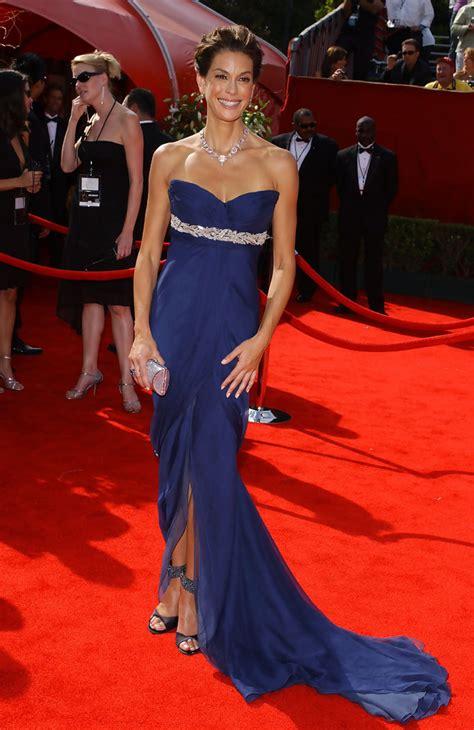 Bg 57 Dress teri hatcher 2005 emmy awards the most gorgeous emmy