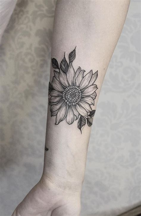 black amp gray sunflower tattoo inkstylemag