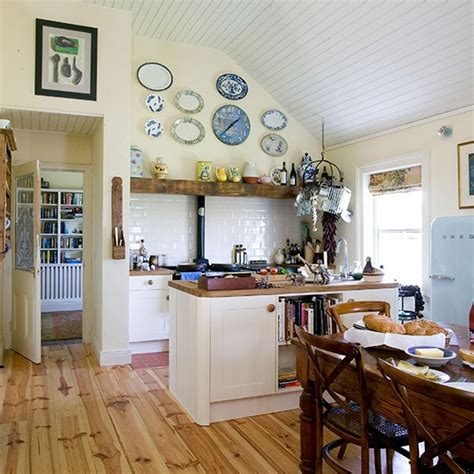 country kitchen diner ideas cream and oak country kitchen decorating housetohome co uk
