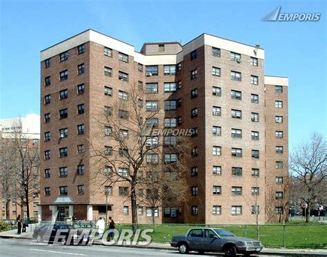 Apartment Complex White Plains Ny Winbrook Apartments Buildings Emporis