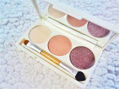 korean cosmetics eyeshadow palette 4k wallpapers
