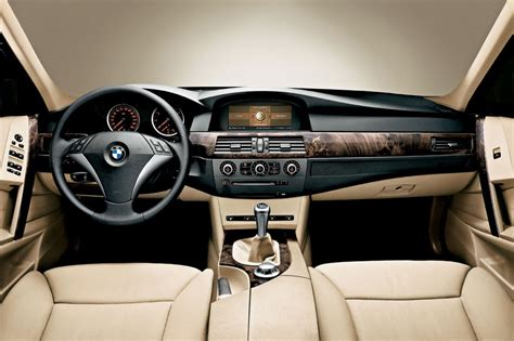 download car manuals 2007 bmw 530 interior lighting bmw 5 series touring review 2003 2010 parkers